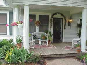 porchwith columns